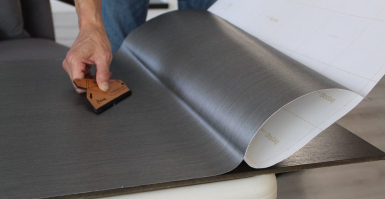 Installation architectural vinyl film